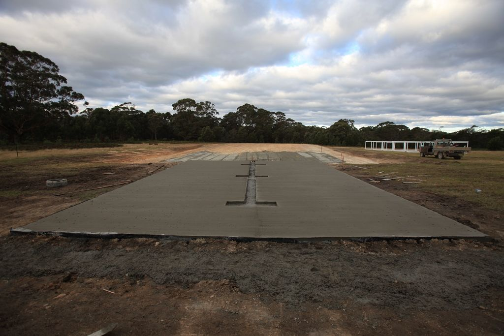 Slab complete with broomed finish
